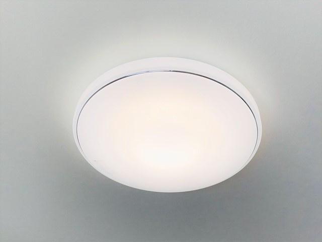 標準設備で全居室LED照明が付いています。