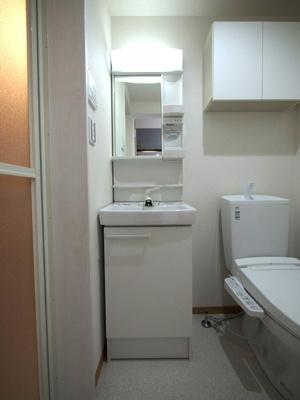 身支度に便利な洗面台:同一仕様