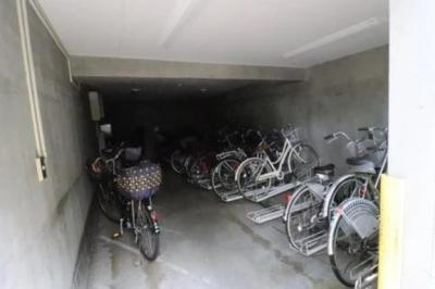 マイキャッスル府中いちょう通りWESTの駐輪場です。