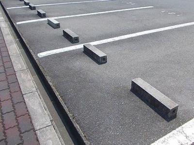 【駐車場】カサ・ヴィアーレ