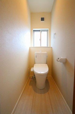 トイレです:建物完成しました♪♪毎週末オープンハウス開催♪三郷新築ナビで検索: