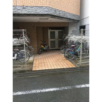 【エントランス】エルニシア上野Northeast
