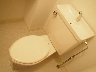 「カウンター付のトイレ」