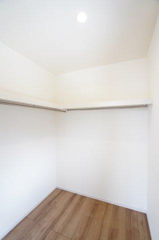 【同仕様施工例】8帖寝室【WIC】