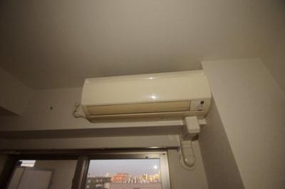 もちろんエアコン完備です。