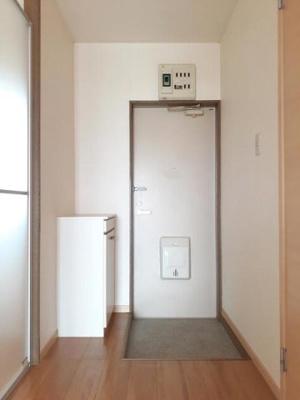 【玄関】ニューシティタカハシ