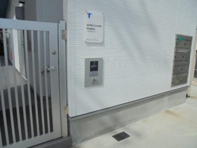 【エントランス】パビユウネッツ ビワジマ(pavillon honnete biwajima)