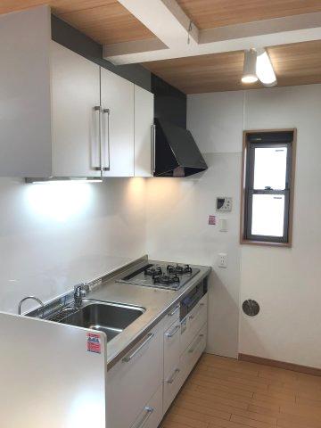 【キッチン】平成21年築!令和3年7月中旬リノベーション工事完了 新宿区西落合3丁目 中古戸建 5,680万
