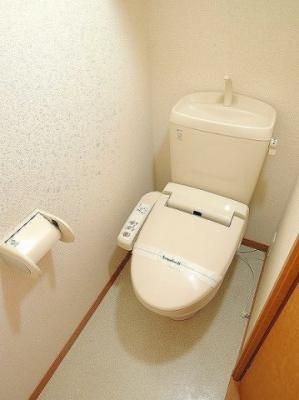 清潔なトイレをご用意しております。