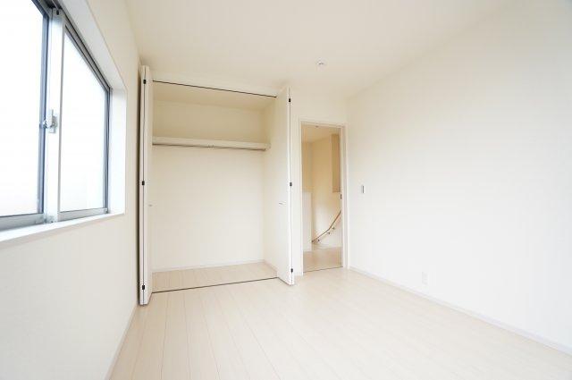【同仕様施工例】6.5帖洋室【収納】お近くの完成物件ご案内いたします♪住ムパルまでお電話下さい!