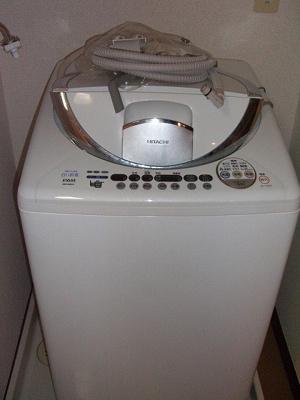 洗濯機置場は室内にございます