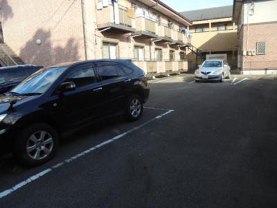 【駐車場】エル・フィーナ