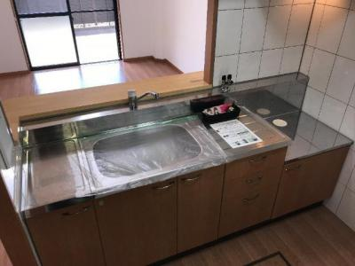 調理スペースが広い対面キッチン
