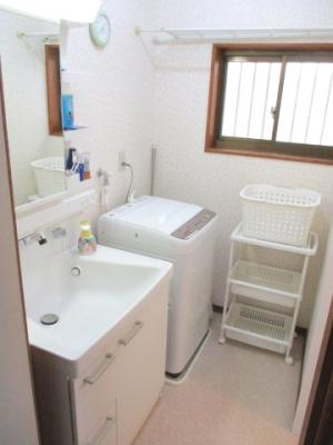 洗濯機置き場が確保されています。