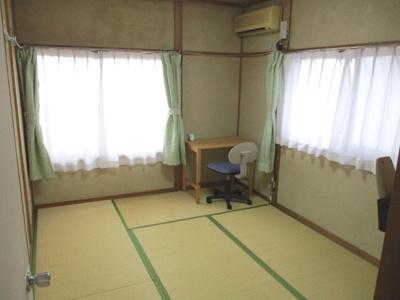 5つの部屋がございますので、1つの部屋を衣裳部屋にするのも有効です。