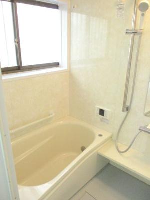 高さ調整のしやすい、シャワーヘッド。