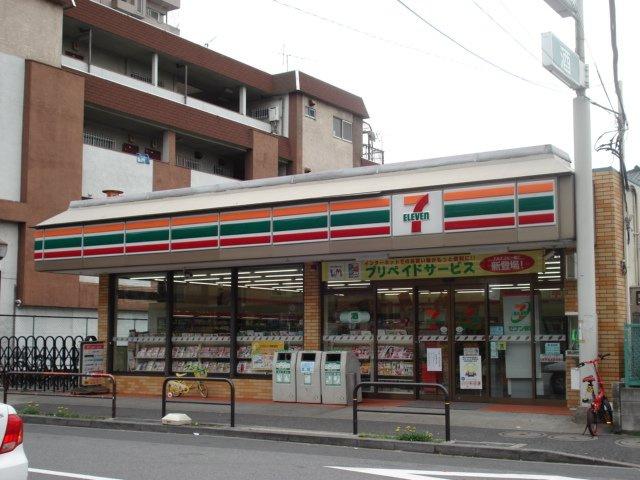 セブンイレブン草加柳島南店まで677m