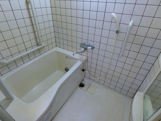 【浴室】ガーデンハウス上水