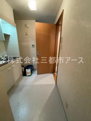 【内装】カペラ8