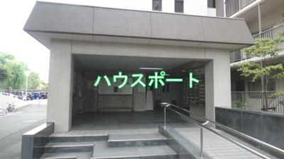 【エントランス】山科南団地E棟