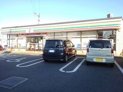 セブンイレブン那珂川片縄東店まで400m