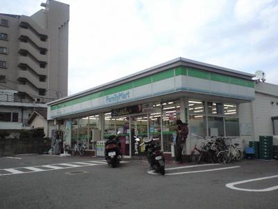 ファミリーマート原田一丁目店まで315m