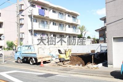 【前面道路含む現地写真】綾瀬市大上3丁目 新築戸建て 全2棟 【仲介手数料無料】