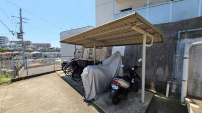 駐輪場☆神戸市垂水区 YKハイツ旭が丘☆