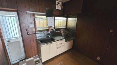 【キッチン】乙木1丁目戸建