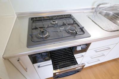 システムキッチン(3口ガスコンロ)