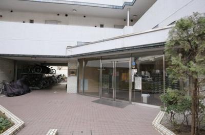 【エントランス】ダイアパレス三軒茶屋