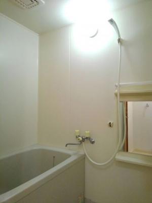 【浴室】ボンレーブ