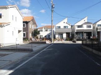 碧南市権現町21-1期新築分譲住宅前面道路東側公道約6m