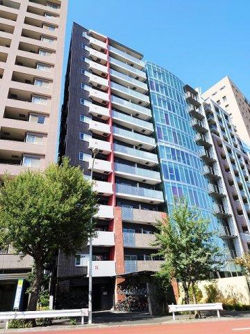2駅6路線利用可能 14階建て14階部分の最上階につき眺望・通不良好 ペットと一緒に暮らせます(登録料5000円)