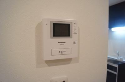 セキュリティも充実のTVモニタ付きインターフォンです
