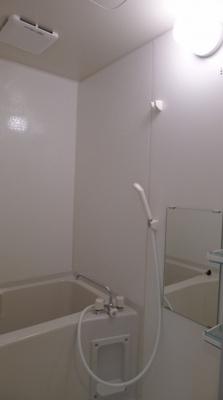 人気のバストイレ独立タイプになります