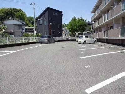【駐車場】メゾン・アムール