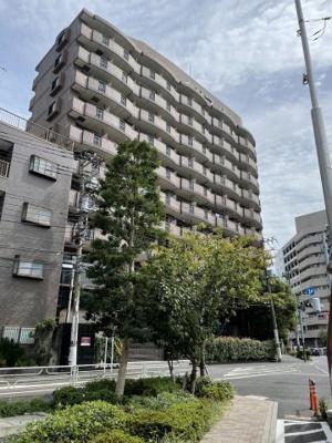 京浜東北線「川崎」駅より徒歩7分の分譲賃貸マンションです。