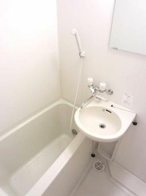 【浴室】六角橋壱番館
