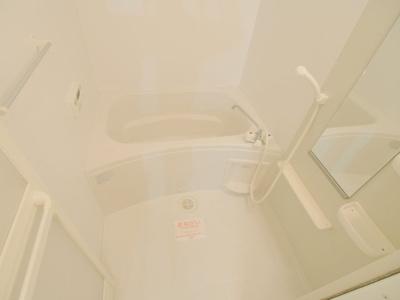 【浴室】クロ-バ-ハウス