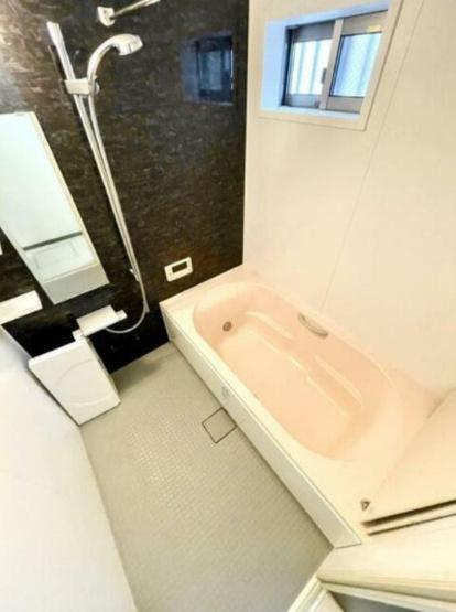 【浴室】渋谷本町3丁目戸建て