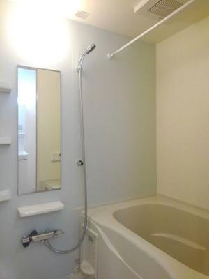 【浴室】ラ・セーヌ みよいⅡ