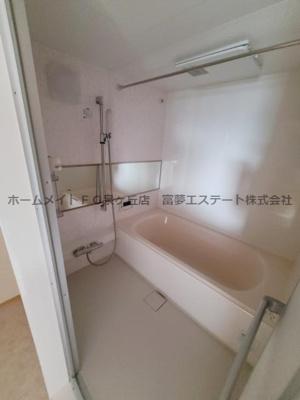 【浴室】ボンヌ・ジュルネ