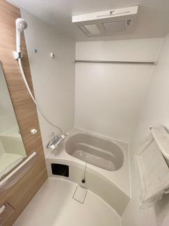 【浴室】セレニテ新大阪プリエ