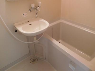 【浴室】ドウェルフロイデ