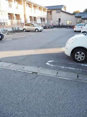 【駐車場】ウエスト・モンターニュA