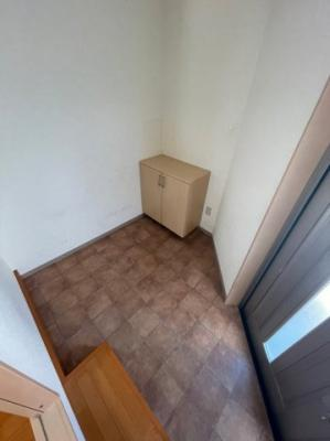 収納箇所もしっかり完備された洗面台になります。