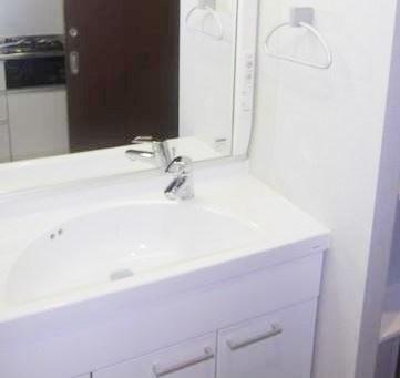 独立洗面台付き☆脱衣スペースあります