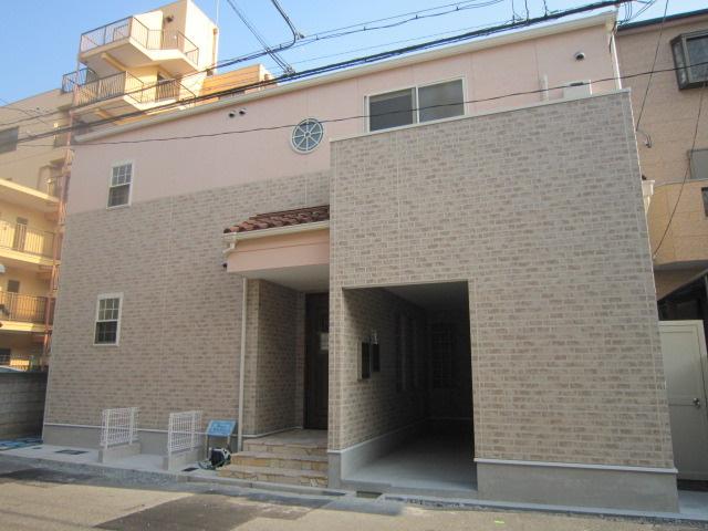 【外観】大阪市旭区。2013年築の一棟アパート
