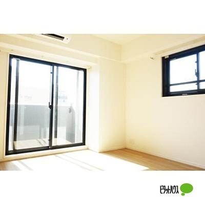 【居間・リビング】パークアクシス上野・稲荷町